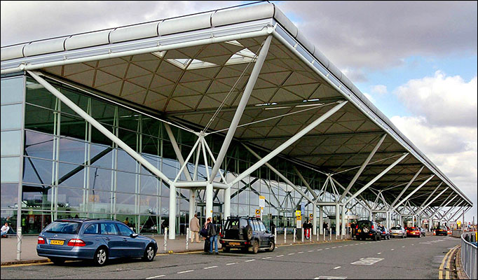 How to get from Stansted to London